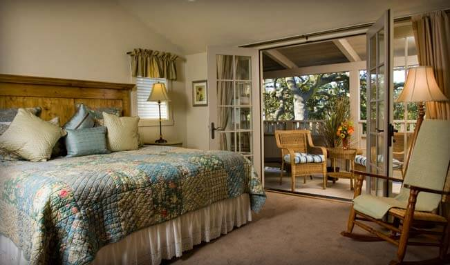 Luxury King Room in a Carmel Bed and Breakfast