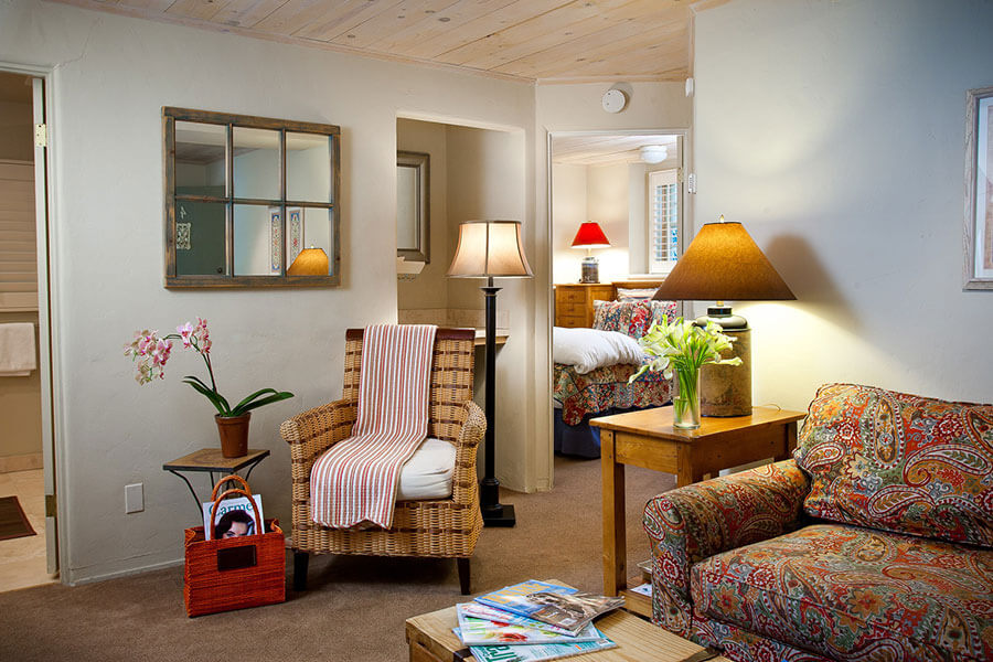 Top bed and breakfast in carmel photo gallery for Monterey hotels 2 bedroom suites