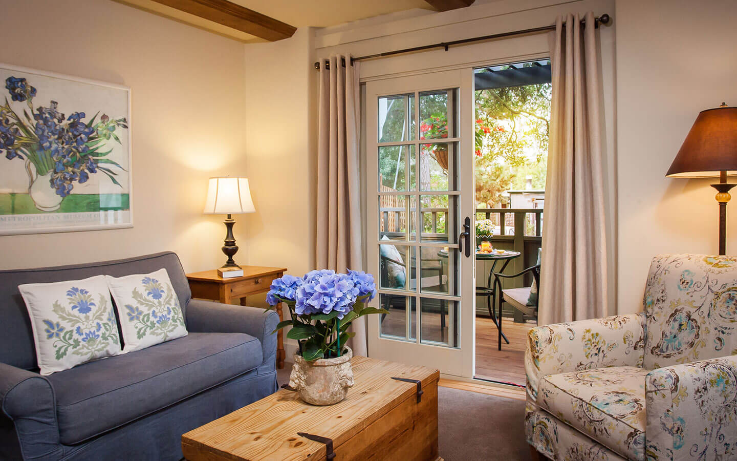 Romantic Carmel Luxury Inn Book Your Trip Today